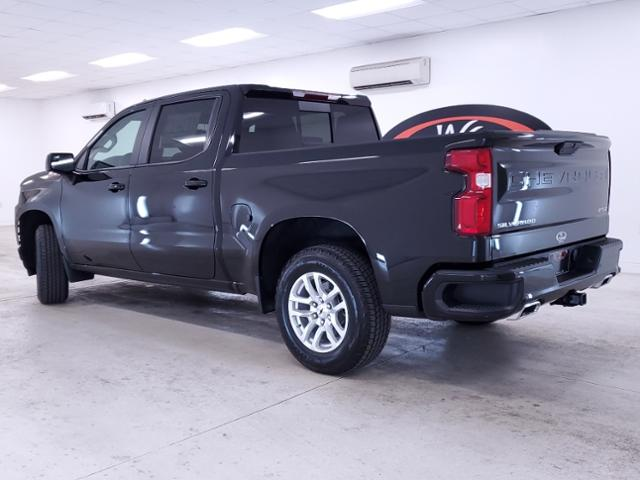 2020 Chevrolet Silverado 1500 Crew Cab 4x4, Pickup #TC071708 - photo 2