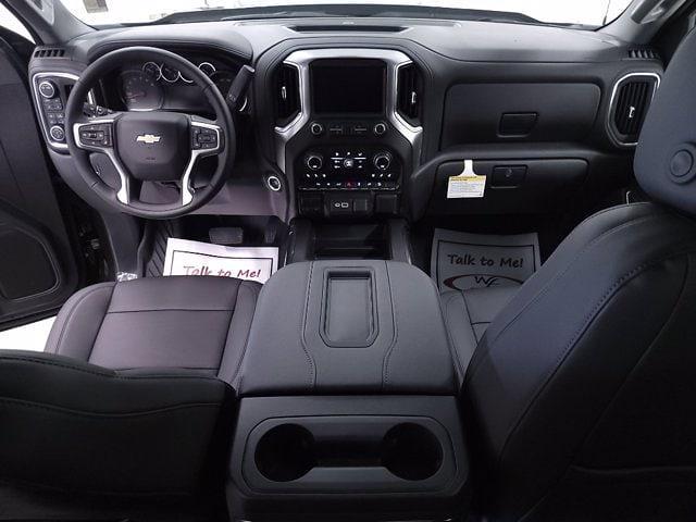 2021 Chevrolet Silverado 1500 Crew Cab 4x4, Pickup #TC072016 - photo 18
