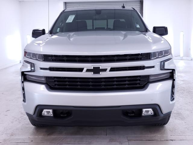 2020 Chevrolet Silverado 1500 Crew Cab 4x4, Pickup #TC072706 - photo 3