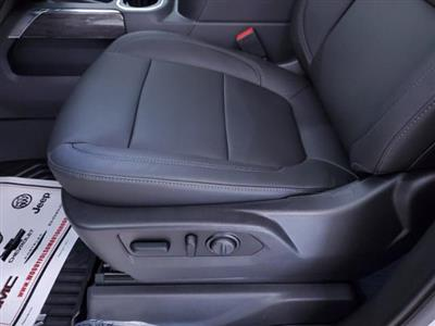 2020 Chevrolet Silverado 1500 Crew Cab 4x4, Pickup #TC081508 - photo 16
