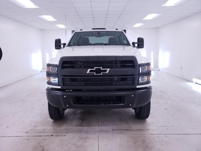 2020 Chevrolet Silverado Medium Duty Crew Cab DRW 4x4, Cab Chassis #TC081509 - photo 3