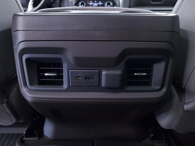 2020 Chevrolet Silverado 1500 Crew Cab 4x4, Pickup #TC082702 - photo 16