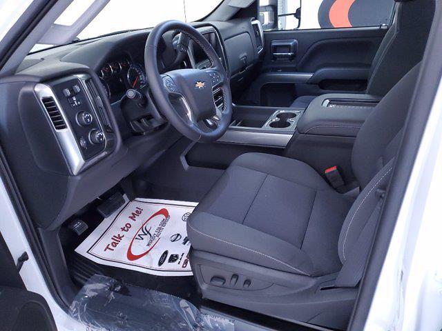 2020 Chevrolet Silverado Medium Duty DRW 4x4, Cab Chassis #TC102101 - photo 9
