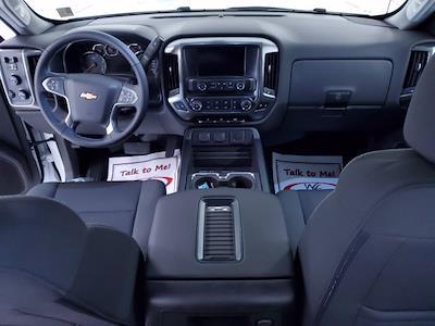 2020 Chevrolet Silverado Medium Duty DRW 4x4, Cab Chassis #TC102101 - photo 11