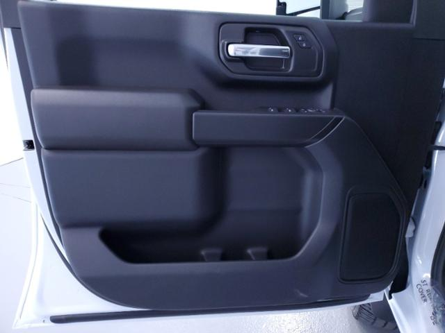 2021 Chevrolet Silverado 2500 Crew Cab 4x4, Pickup #TC103102 - photo 10