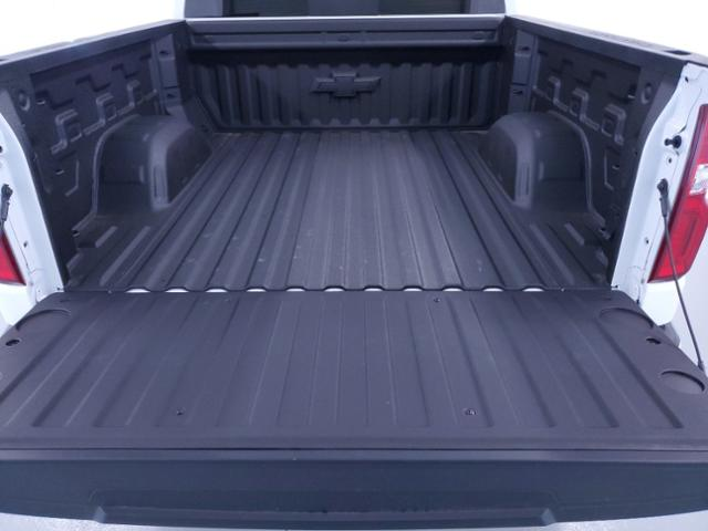 2021 Chevrolet Silverado 1500 Crew Cab 4x4, Pickup #TC111105 - photo 8