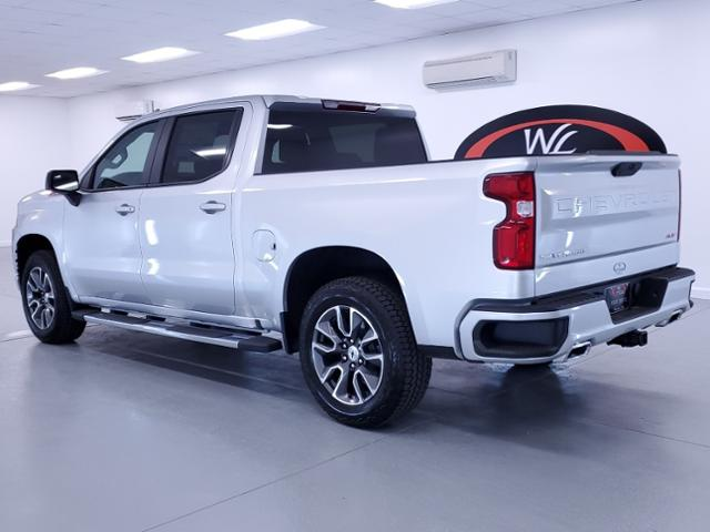 2021 Chevrolet Silverado 1500 Crew Cab 4x4, Pickup #TC111109 - photo 2