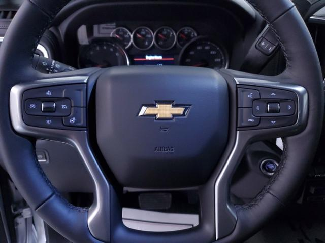 2021 Chevrolet Silverado 1500 Crew Cab 4x4, Pickup #TC121700 - photo 17