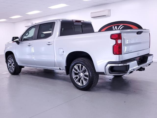 2021 Chevrolet Silverado 1500 Crew Cab 4x4, Pickup #TC121700 - photo 2