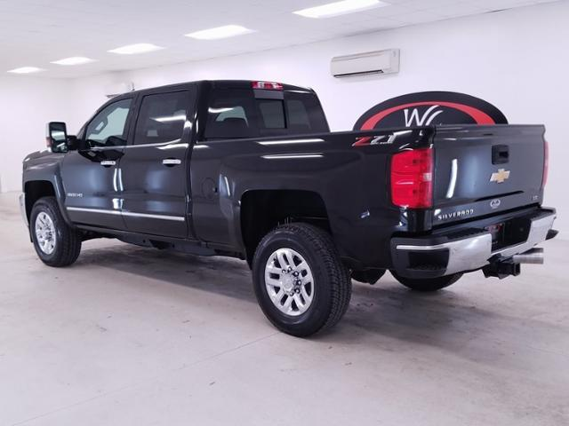 2019 Silverado 3500 Crew Cab 4x4, Pickup #TC121880 - photo 2