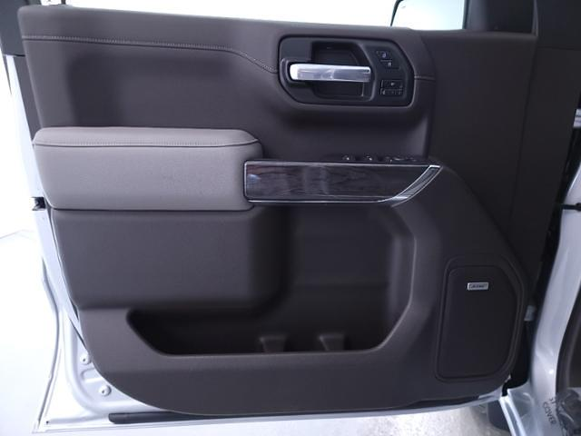 2021 Chevrolet Silverado 1500 Crew Cab 4x2, Pickup #TC122706 - photo 10