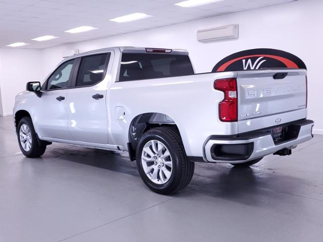 2021 Chevrolet Silverado 1500 Crew Cab 4x2, Pickup #TC122707 - photo 2