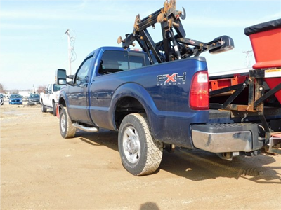 2011 F-250 Regular Cab 4x4,  Western Snowplow Pickup #FT11849A - photo 4