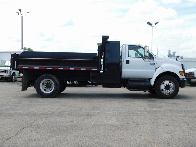 2004 F-650 Regular Cab DRW 4x2,  Dump Body #FT11879N - photo 3