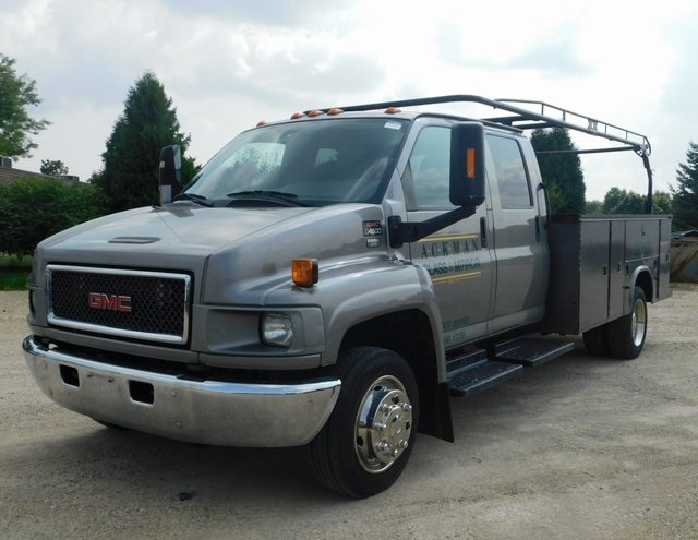 2008 C4500 Crew Cab 4x2,  Service Body #FT12228A - photo 6