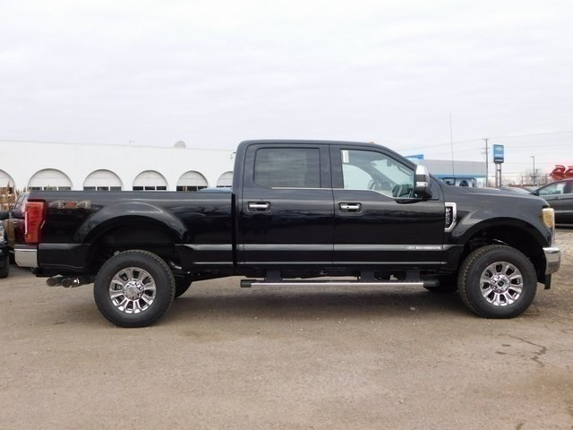 2017 F-250 Crew Cab 4x4,  Pickup #FT12268 - photo 5