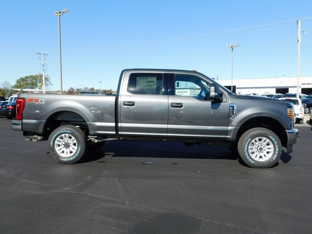 2019 F-250 Crew Cab 4x4,  Pickup #FT12361 - photo 3
