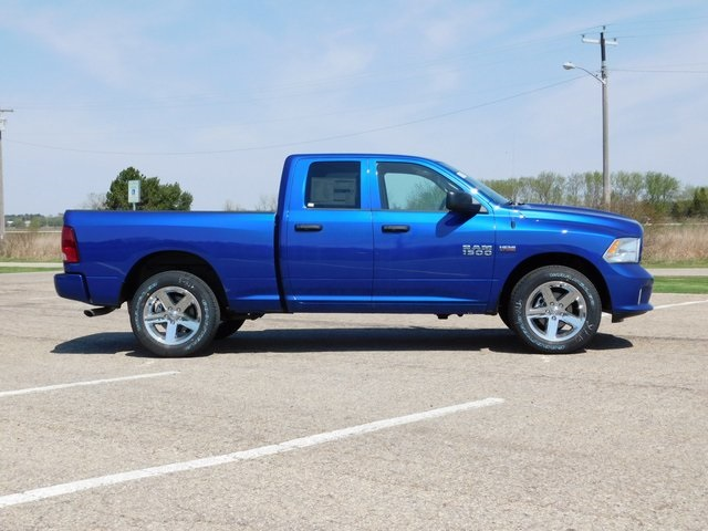 2018 Ram 1500 Quad Cab 4x4,  Pickup #DT03092 - photo 3