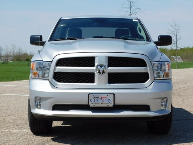 2018 Ram 1500 Quad Cab 4x4,  Pickup #DT03101 - photo 10