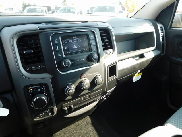 2019 Ram 1500 Crew Cab 4x4,  Pickup #DT03367 - photo 14