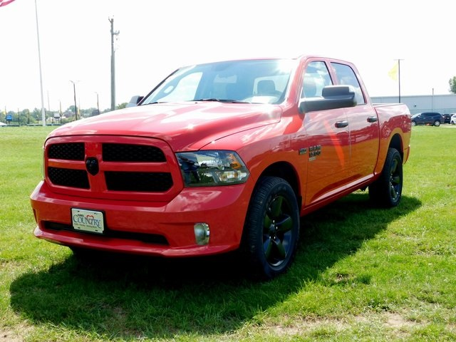 2019 Ram 1500 Crew Cab 4x4,  Pickup #DT03368 - photo 9
