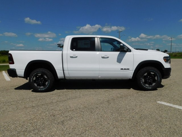 2019 Ram 1500 Crew Cab 4x4,  Pickup #DT03376 - photo 3