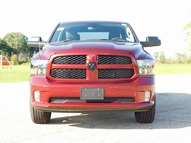 2019 Ram 1500 Crew Cab 4x4,  Pickup #DT03402 - photo 9