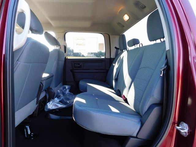 2019 Ram 1500 Crew Cab 4x4,  Pickup #DT03402 - photo 12
