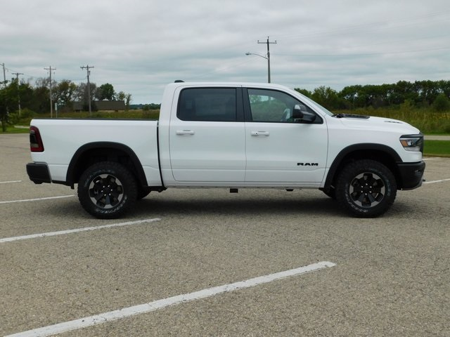 2019 Ram 1500 Crew Cab 4x4,  Pickup #DT03420 - photo 3