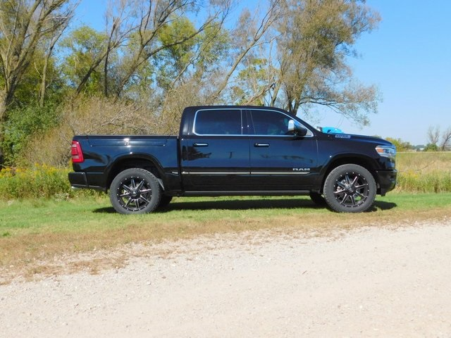 2019 Ram 1500 Crew Cab 4x4,  Pickup #DT03435 - photo 3