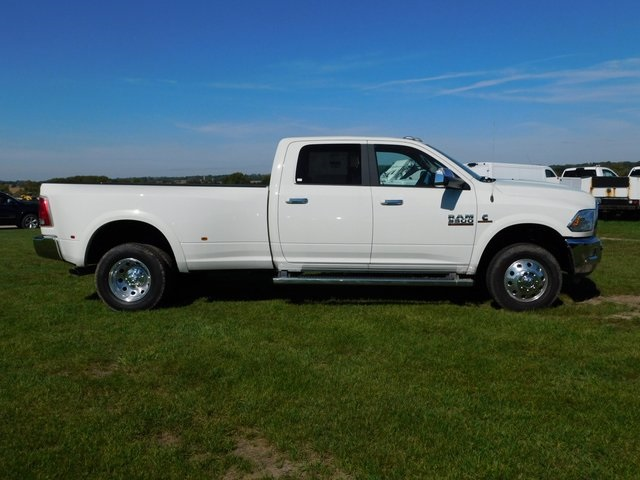 2018 Ram 3500 Crew Cab DRW 4x4,  Pickup #DT03451 - photo 3