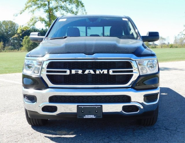 2019 Ram 1500 Quad Cab 4x4,  Pickup #DT03462 - photo 9