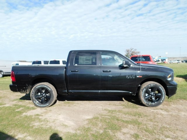 2018 Ram 1500 Crew Cab 4x4,  Pickup #DT03497 - photo 3