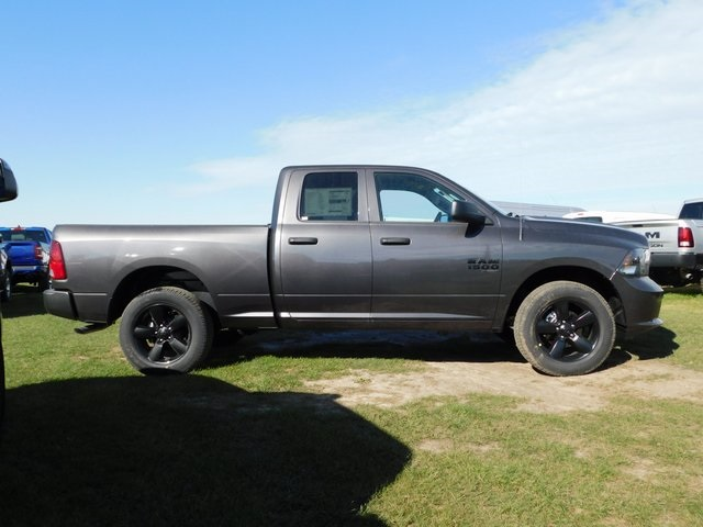 2019 Ram 1500 Quad Cab 4x4,  Pickup #DT03520 - photo 3
