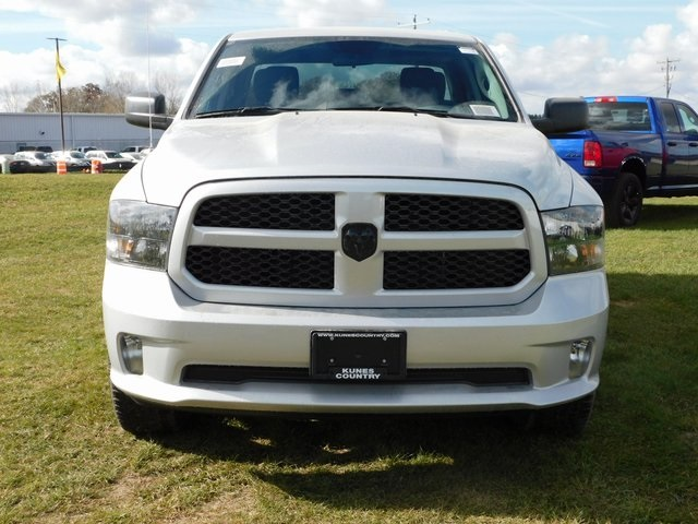2019 Ram 1500 Quad Cab 4x4,  Pickup #DT03529 - photo 10