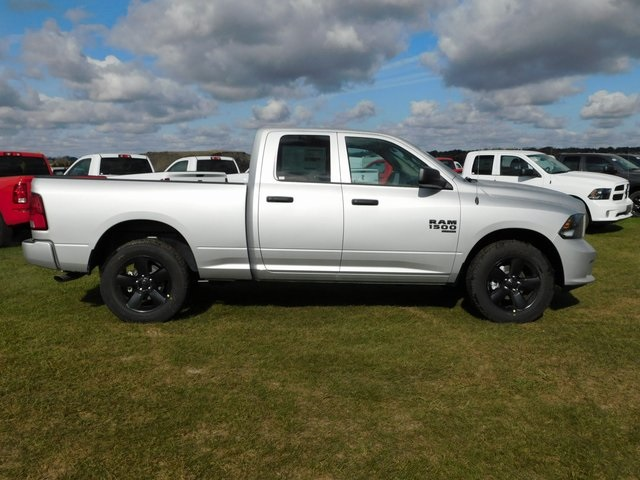 2019 Ram 1500 Quad Cab 4x4,  Pickup #DT03529 - photo 3