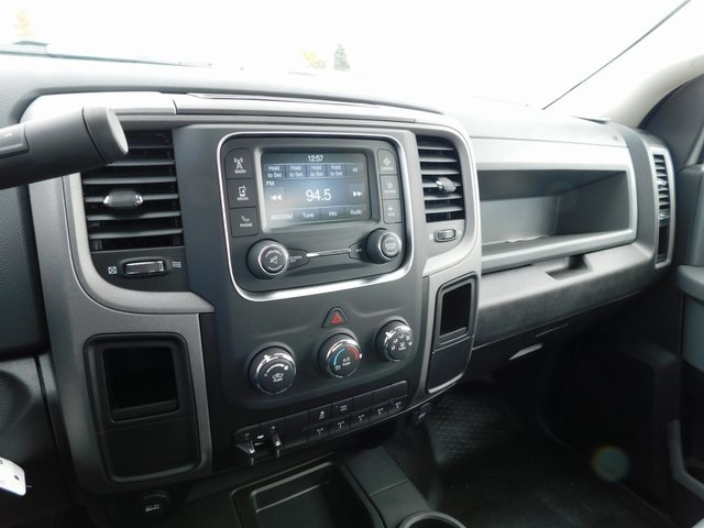 2018 Ram 3500 Regular Cab DRW 4x4,  Knapheide Service Body #DT03554 - photo 14