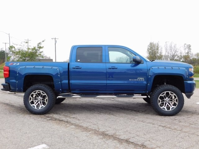 2018 Silverado 1500 Crew Cab 4x4,  Pickup #GT02337 - photo 3