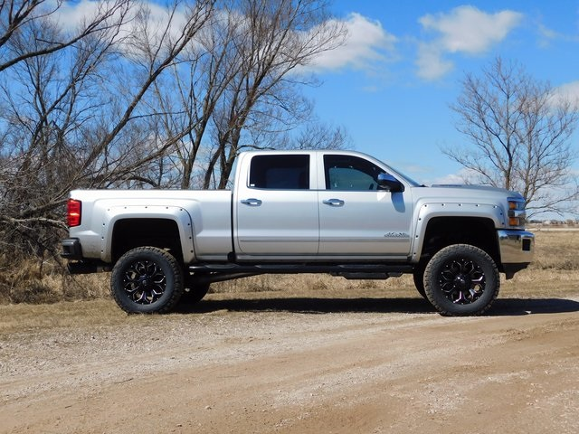 2018 Silverado 2500 Crew Cab 4x4,  Pickup #GT02517 - photo 3