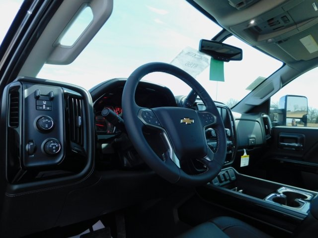 2018 Silverado 2500 Crew Cab 4x4,  Pickup #GT02520 - photo 7