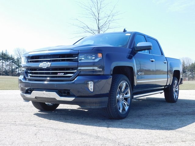 2018 Silverado 1500 Crew Cab 4x4,  Pickup #GT02647 - photo 10