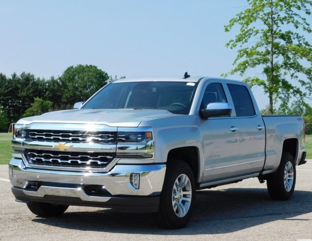 2018 Silverado 1500 Crew Cab 4x4,  Pickup #GT02721 - photo 10