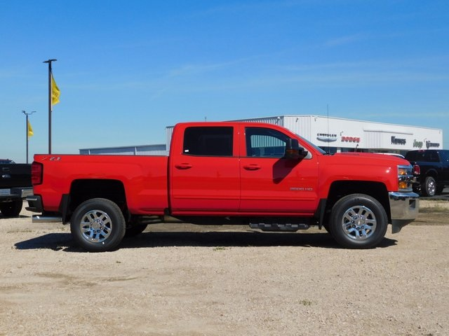 2018 Silverado 2500 Crew Cab 4x4,  Pickup #GT02751 - photo 3
