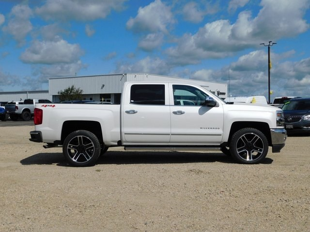 2018 Silverado 1500 Crew Cab 4x4,  Pickup #GT02810 - photo 3