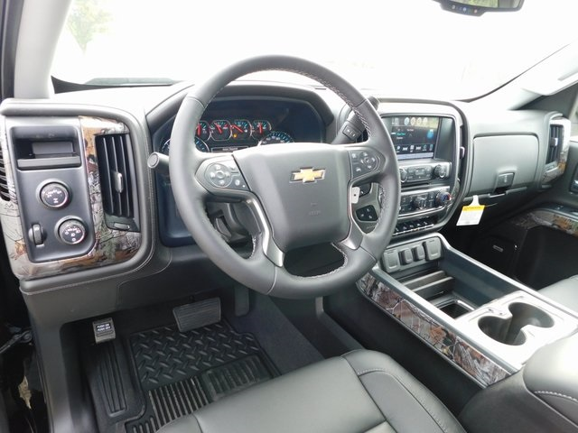 2018 Silverado 1500 Crew Cab 4x4,  Pickup #GT02844 - photo 4