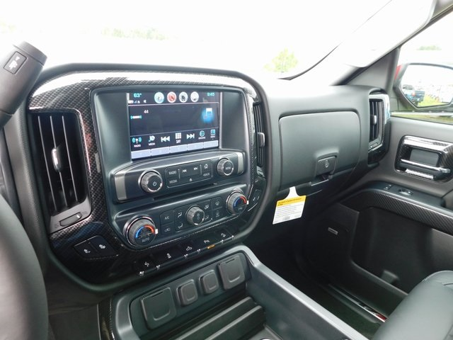 2018 Silverado 1500 Crew Cab 4x4,  Pickup #GT02893 - photo 18