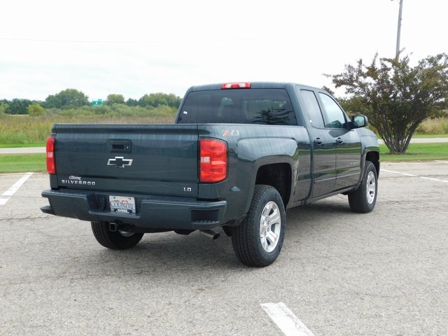 2019 Silverado 1500 Double Cab 4x4,  Pickup #GT02898 - photo 2