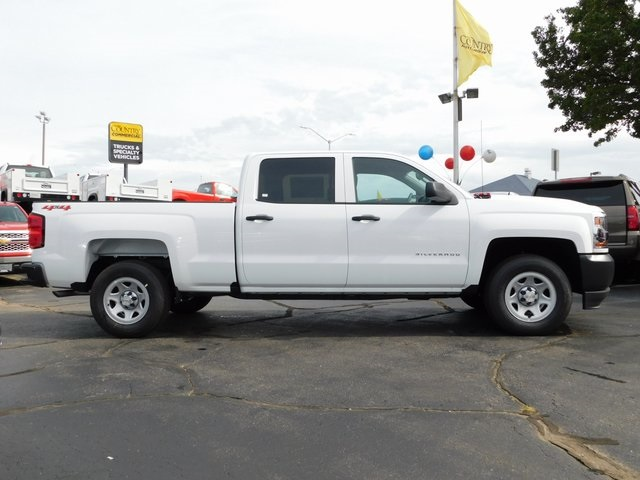 2018 Silverado 1500 Crew Cab 4x4,  Pickup #GT03059 - photo 3