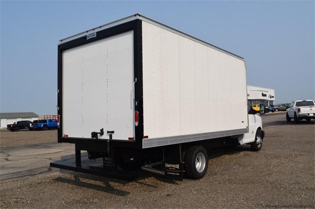 2020 Chevrolet Express 4500 DRW 4x2, Knapheide Cutaway Van #GT04268 - photo 1