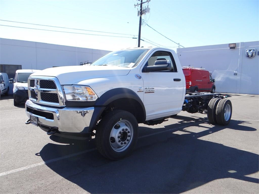 2018 Ram 5500 Regular Cab DRW 4x2,  Cab Chassis #R1568T - photo 7